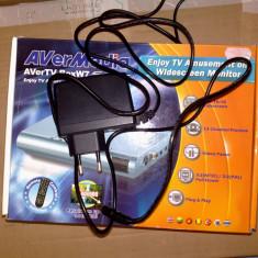 Alimentator tuner AVERMEDIA AVERTV BoxW7