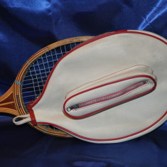 Paleta tenis Reghin veche + Husa de piele Sciunnach terni sport. TENNIS. - Racheta tenis de camp