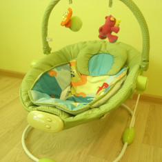 Leagan muzical cu vibratii Grand Confort - verde de la BABY MIX - Balansoar interior