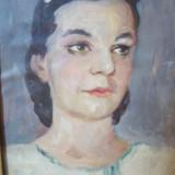 Portret de tanara, tablou in ulei pe hartie lipita pe carton, nesemnat.