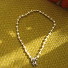 Colier margele- deosebit - Colier perle