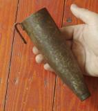 Veche teaca din metal pentru piatra de ascutit coasa sau secera !