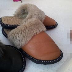 Papuci de casă din blană naturală ovină - Papuci dama, Culoare: Maro, Marime: 39