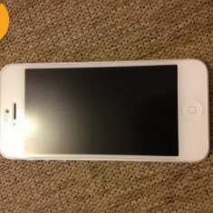 Vand iPhone 5 Apple, Alb, 16GB, Neblocat