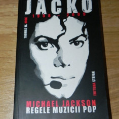 Thomas w hook - jacko 1958-2009 MICHAEL JACKSON. regele muzicii pop - Biografie
