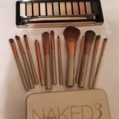 Set Trusa make up 12 culori + pensule profesionale Naked 5 Urban Decay, Urban Decay