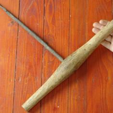 Scule / Unelte - Burghiu / Sfredel cu maner de lemn - mestesug taranesc vechi !! - Metal/Fonta