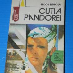 TUDOR NEGOITA - CUTIA PANDOREI. science fiction. colectia fantastic club (a316 - Carte SF