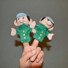 Lot 2 marionete /papusi pe deget, baieti gemeni, material textil - Papusa