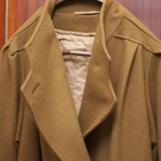 Vand palton dama - impecabil-maro inchis, Marime: 46, Culoare: Negru