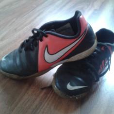 ADIDASI SALA NIKE - Ghete fotbal Nike, Marime: 33, Culoare: Negru, Copii, Sala: 1
