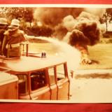 Fotografie- Pompieri in actiune cca. 1970, 14, 9 x 10, 5 cm - Fotografie veche
