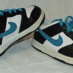 Adidasi copii NIKE - nr 26, Culoare: Din imagine, Baieti
