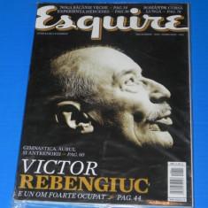 ESQUIRE - REVISTA PENTRU BARBATI - NR 30- DECEMBRIE - IANUARIE 2011 (00617 - Revista barbati