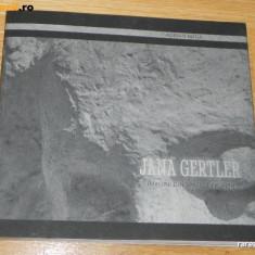 ADRIAN BUGA JANA GERTLER IMAGINI DIN SPATELE FRUNTII ALBUM SCULPTURA 2013 (43 - Album Arta