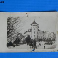 FOTOGRAFIE VECHE LICEUL MILITAR MANASTIREA DEALU - probabil interbelica. judetul Dambovita (v003 - Carte Postala Muntenia dupa 1918
