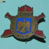 INSIGNA DE COLECTIE - CASA CUMANA ROMANA. FOARTE RARA