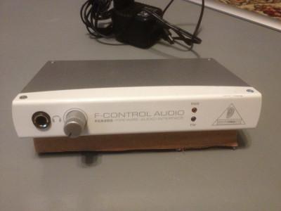 Interfata Audio Behringer FCA 202 - F- Control Audio - functioneaza PERFECT foto