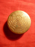 Cutiuta veche alama inscriptionata OJA , d= 3,5 cm
