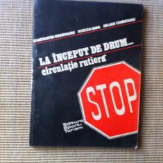 La inceput de drum circulatie rutiera ilustrata desene 1983 carte auto moto - Carti auto