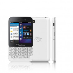 BlackBerry Q5 NEFOLOSIT cu garantie valabila vodafone - Telefon mobil Blackberry Q5, Alb, 2G & 3G & 4G