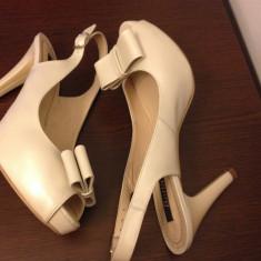 Vand pantofi mireasa/ocazie ivory! - Pantof dama, Culoare: Ivoire, Marime: 38, Piele naturala