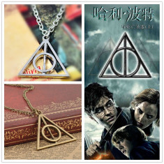 Pandantiv / Colier / Lantic HARRY POTTER - Deathly Hallows Triangle - Auriu - Lantisor fashion