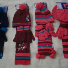 Set caciula, fular si manusi copii, NOI, marca LUPILU - Caciula Copii, Culoare: Roz, Visiniu