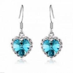 Cercei Fashion - MOdel Inima Cu Cristal, Strasuri, Culoare Albastru Deschis