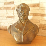 Bust bronz