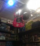 Chitara electrica roz punk