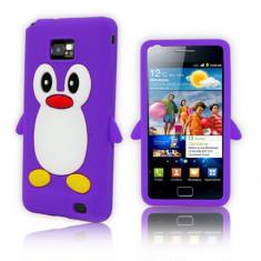 Husa silicon model pinguin mov Samsung Galaxy S2 i9100 + folie protectie ecran