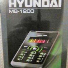 Telefon Hyundai MB-1200 in cutie, Argintiu, Nu se aplica, Neblocat, Fara procesor