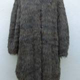 Blanita shaggy din alpaca Giorgio Armani 100% originala - haina de blana