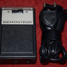 Aparat de ras electric REMINGTON MODEL BYS - vintage, Numar dispozitive taiere: 1