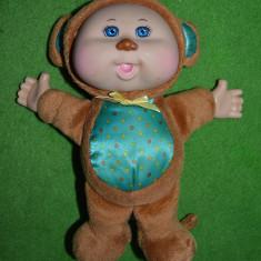 Papusa Cabbage Patch Kids orginala, costum de maimuta, 23 cm, plus, cauciuc