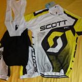 echipament ciclism  Scott  galben set pantaloni cu bretele si tricou nou