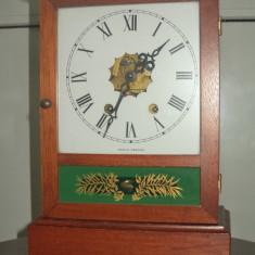 Superb ceas de semineu piesa din perioada anilor 1900 perfect functional
