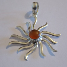 Pandantiv argint soare cu chihlimbar - 323