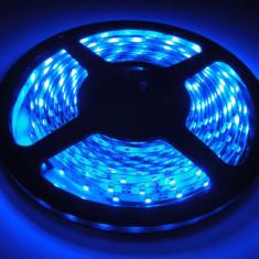 Banda LED albastru SMD 3528 60 LED metru 5m lumina autoadeziva auto mobila