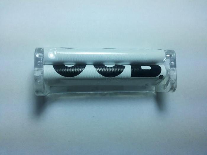Aparat rulat tigari slim si regular - plastic marca OCB