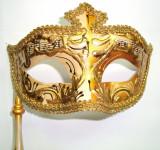 233-31  Masca venetiana cu bat, carnaval pictata manual, culori diverse, 34, Coniac