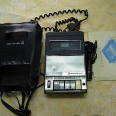 Casetofon vechi Standard cu microfon si husa