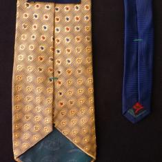 Cravata Tommy Hilfiger Made in USA ; 100% matase; 146 cm; impecabila, ca noua, Culoare: Din imagine