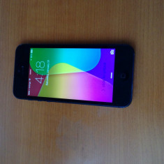 iPhone 5 Apple 16gb neverlocked, Negru, Neblocat