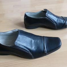 Pantofi de gala din piele lacuita Memphis One, cu membrana;marime 43; impecabili - Pantof barbat, Culoare: Din imagine, Piele naturala