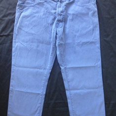 Blugi Pierre Cardin; dimensiuni exacte: 82 cm talie, 85 cm lungime - Blugi barbati, Marime: Masura unica, Culoare: Din imagine