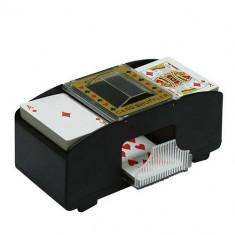 Aparat electric pentru amestecat carti - Card Shuffler