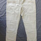 Blugi conici H&M; marime 46: 85 cm talie, 100.5 cm lungime; impecabili - Blugi dama, Marime: Alta, Culoare: Din imagine