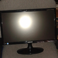 Samsung S19B300N Monitor - Monitor LED Samsung, 18 inch, 1366 x 768